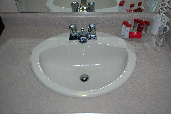 How To Repair Chips Scratches Fading, Bathroom Sink Chip Repair